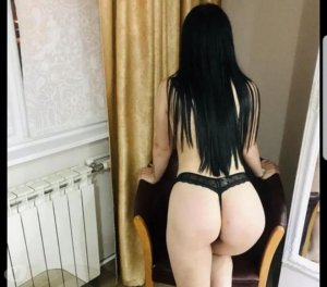 Audessa escorts services in Hickory Hills, IL